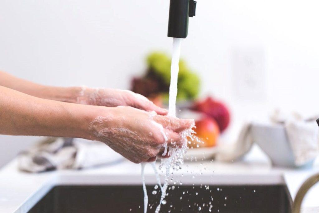 hand washing kitchen sink